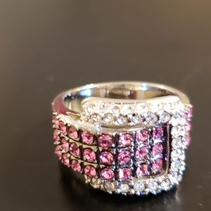 💕Pink & Silver Crystal Buckle Fashion Ring
